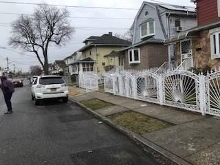 3 BR,  2.00 BTH  Single family style home in Queens Village