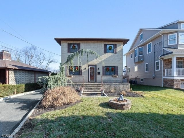 5 BR,  3.50 BTH  Custom home style home in Nutley