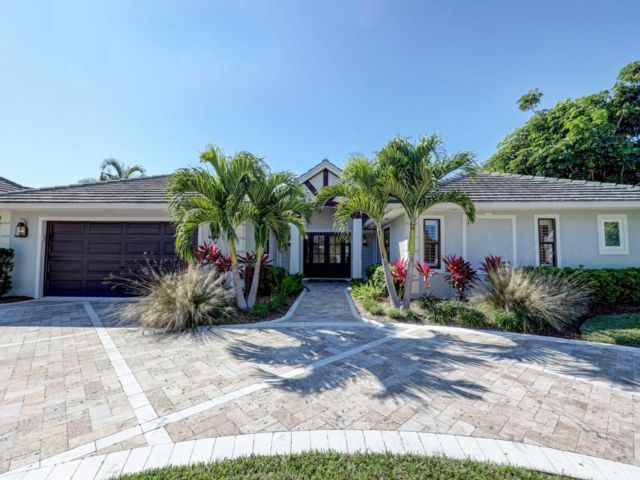3 BR,  2.00 BTH   style home in Palm Beach Gardens