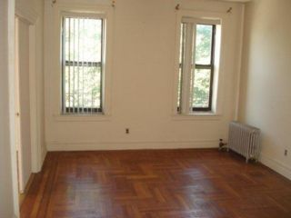 1 BR,  1.00 BTH  style home in Richmond Hill