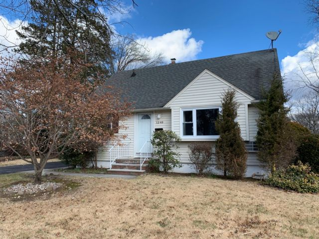 3 BR,  2.00 BTH  Cape style home in Rahway