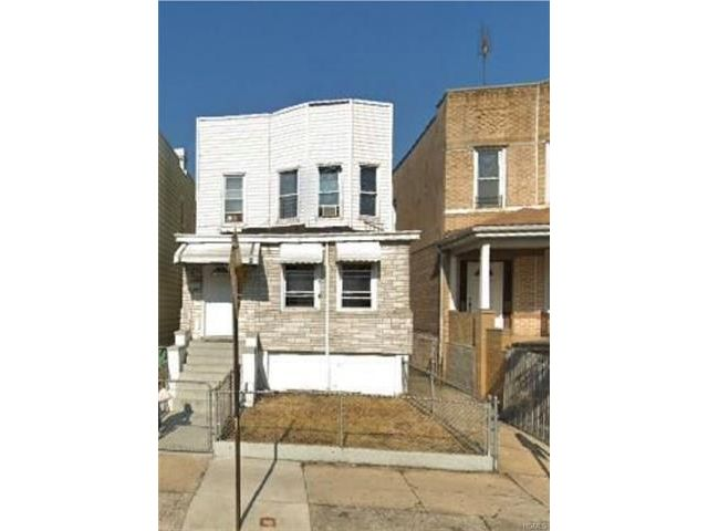 7 BR,  2.00 BTH 2 story style home in Soundview