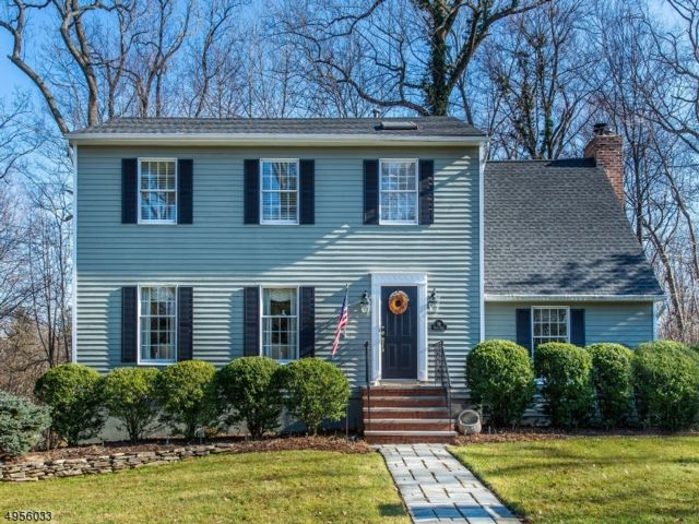 4 BR,  2.55 BTH Colonial style home in North Caldwell