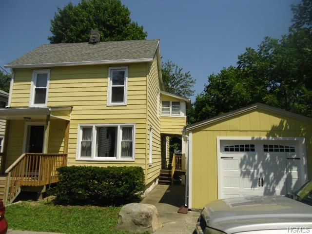 3 BR,  2.00 BTH  Two story style home in Maybrook