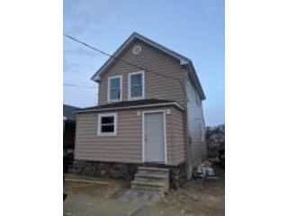 2 BR,  2.50 BTH  Colonial style home in Keyport