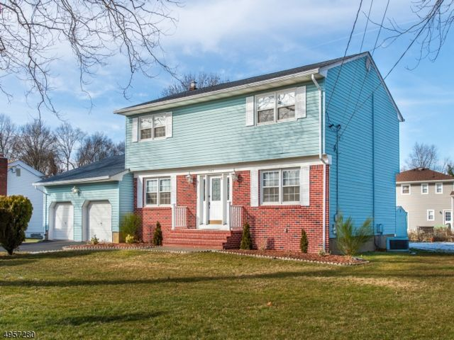 [Fairfield Real Estate, listing number 6946376]