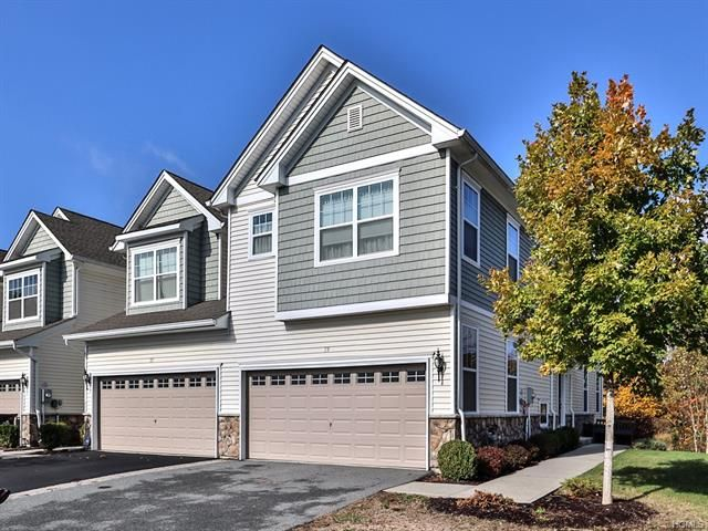 3 BR,  2.50 BTH Town house style home in Middletown