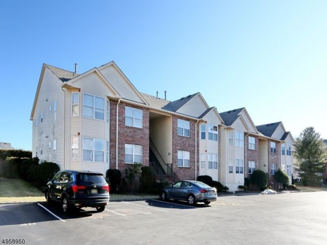 2 BR,  2.00 BTH  One floor unit style home in East Hanover