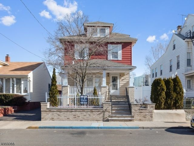 [Paterson Real Estate, listing number 6947000]