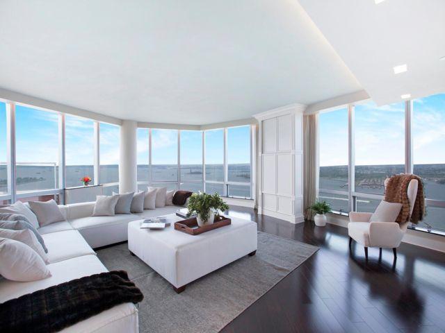5 BR,  5.00 BTH Condo style home in New York
