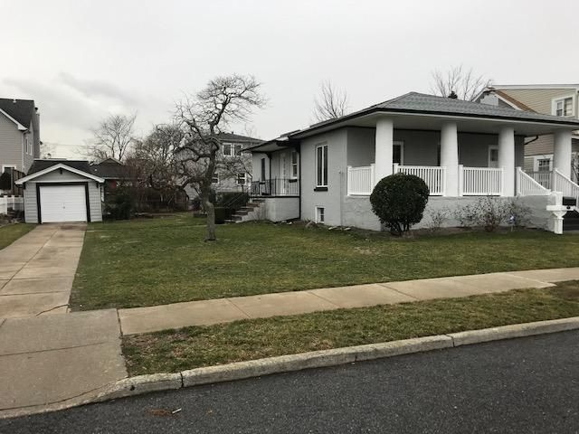 3 BR,  1.00 BTH  style home in Neponsit