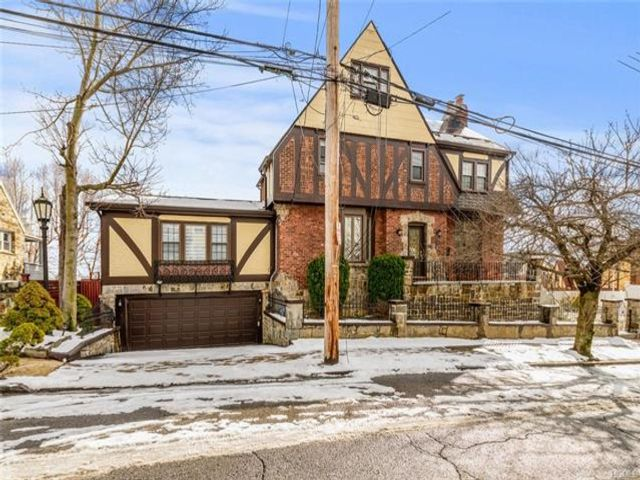 [Yonkers Real Estate, listing number 6947723]