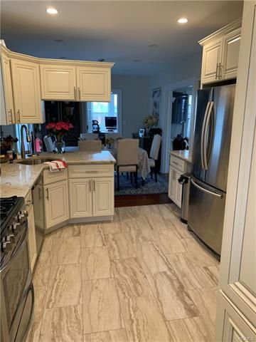 3 BR,  2.00 BTH Colonial style home in Scarsdale