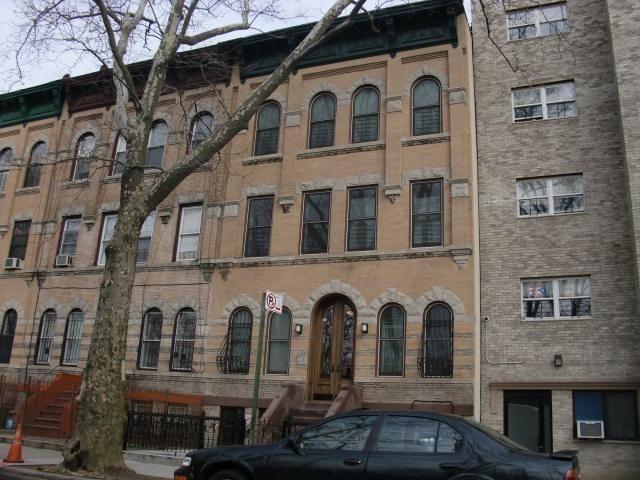 2 BR,  1.00 BTH Condominium style home in Bedford Stuyvesant