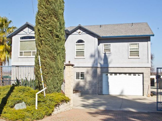 4 BR,  3.00 BTH Contemporary style home in East Nicolaus