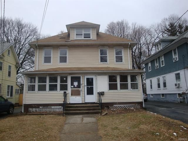 6 BR,  2.00 BTH  Two story style home in Middletown