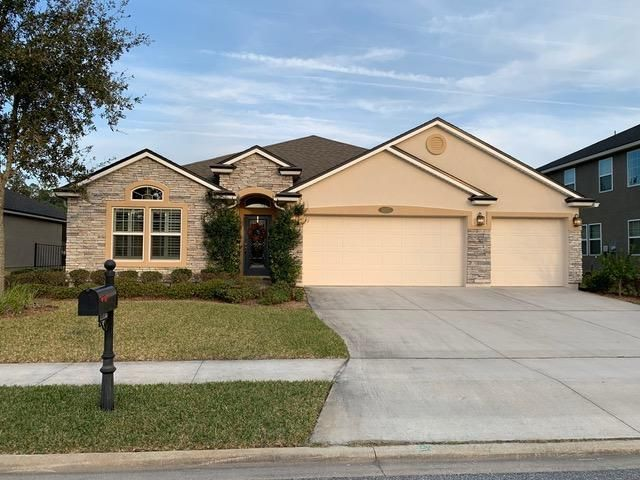 4 BR,  3.00 BTH  style home in Jacksonville