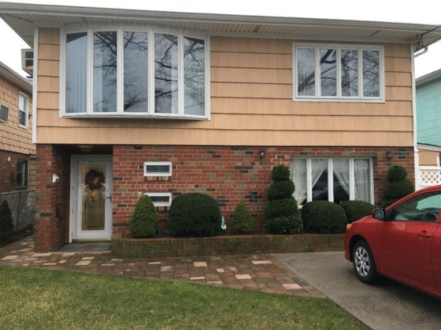 [Howard Beach Real Estate, listing number 6948189]