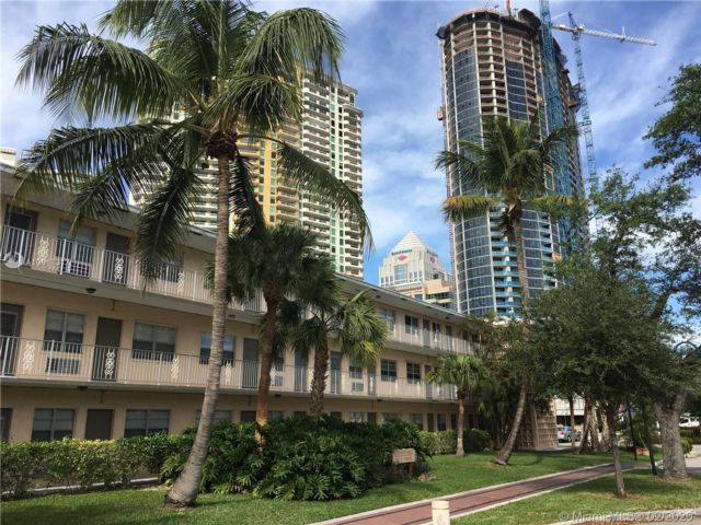 2 BR,  1.00 BTH Apartment style home in Fort Lauderdale