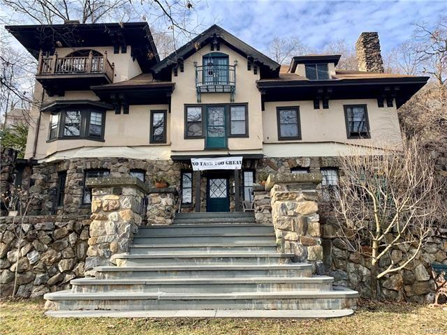 1 BR,  1.00 BTH Tudor style home in Highland Falls
