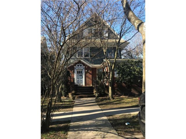 6 BR,  5.00 BTH Single family style home in Ditmas Park