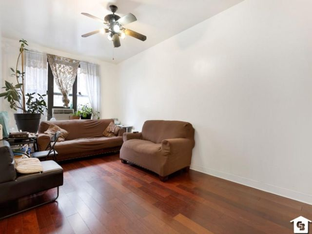 3 BR,  1.00 BTH Co-op style home in Harlem