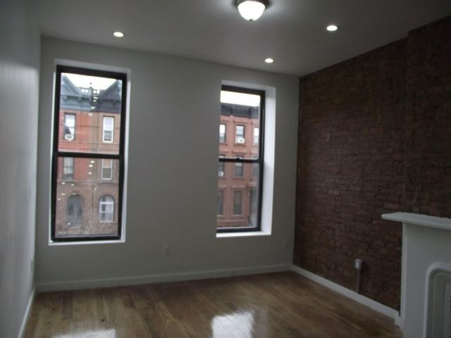 3 BR,  2.00 BTH Multi-family style home in Bedford Stuyvesant