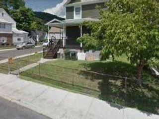 2 BR,  1.00 BTH Two story style home in Highland Falls