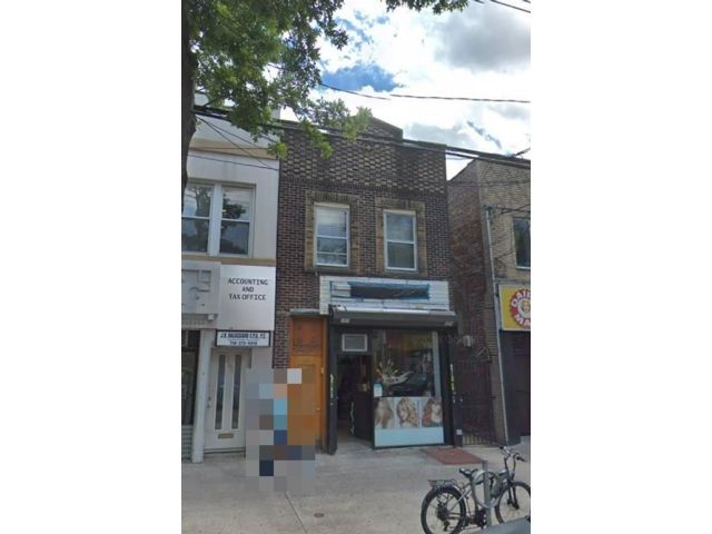 Studio,  0.00 BTH  Mixed use style home in Gravesend