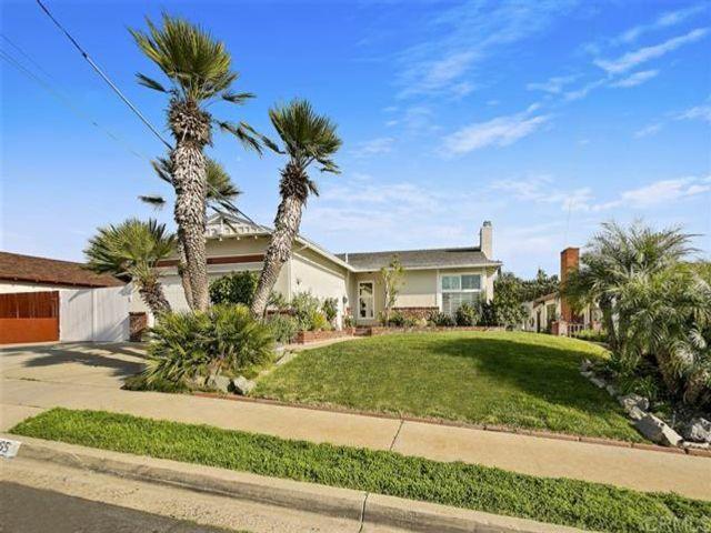 3 BR,  2.00 BTH  style home in La Mesa