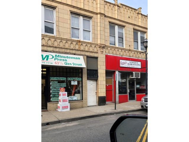 Commercial Property in Glen Cove