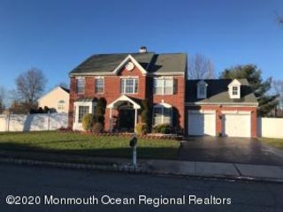4 BR,  2.50 BTH  Colonial style home in Freehold