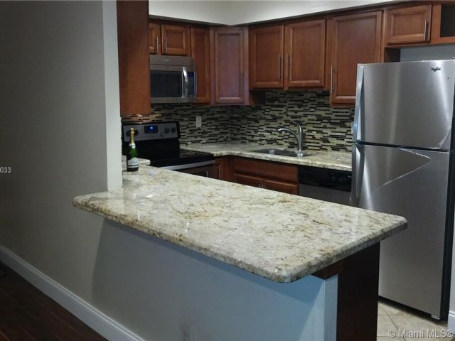 4 BR,  2.50 BTH Townhouse style home in Pompano Beach