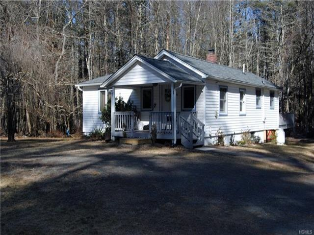 3 BR,  1.00 BTH Ranch style home in Highland