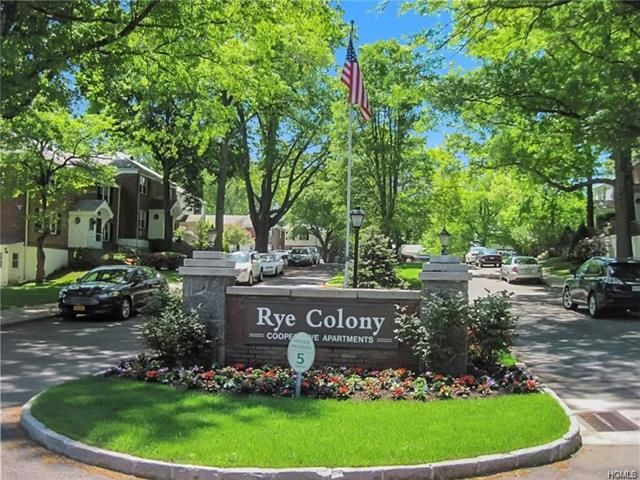 2 BR,  1.00 BTH Townhouse style home in Rye City