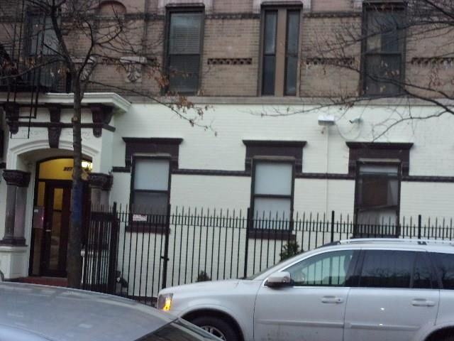 1 BR,  1.00 BTH Co-op style home in East Village