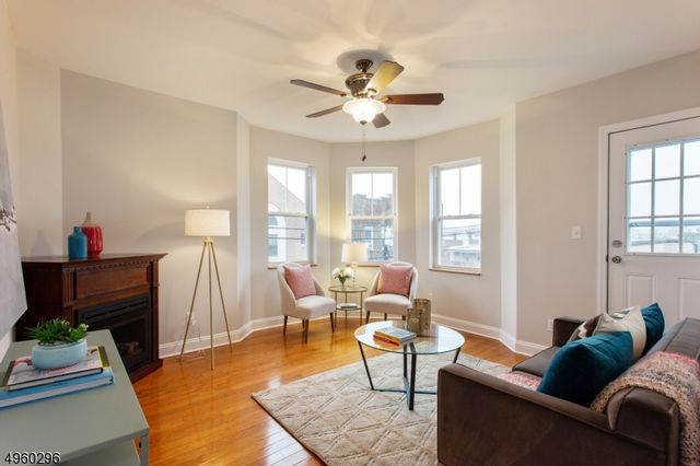 3 BR,  2.00 BTH One floor unit style home in Montclair