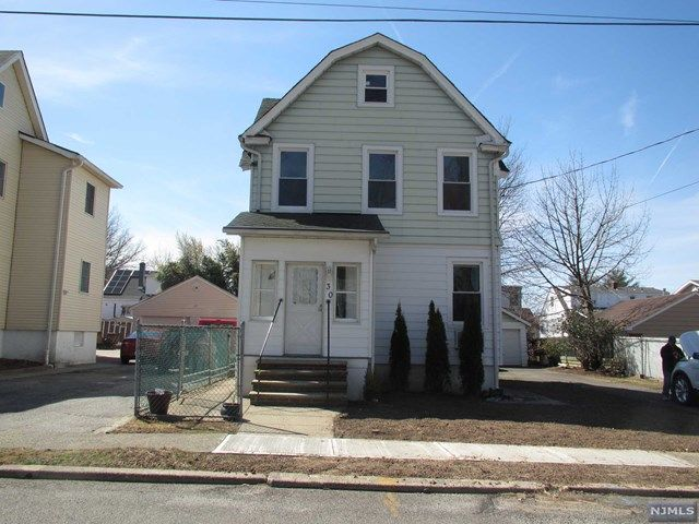 1 BR,  1.00 BTH 2 family style home in Hasbrouck Heights