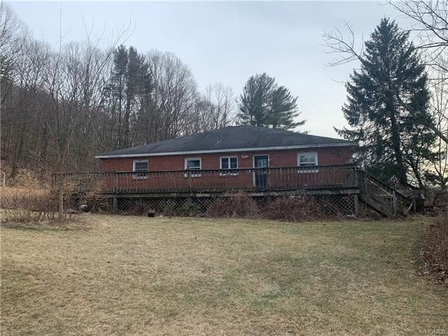4 BR,  1.00 BTH Ranch style home in Pleasant Valley