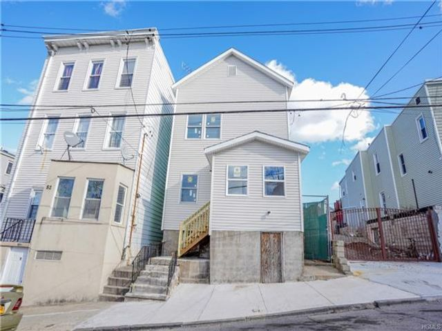 6 BR,  2.00 BTH  Other style home in Yonkers
