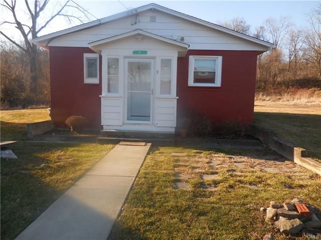 1 BR,  1.00 BTH Bungalow style home in New Windsor