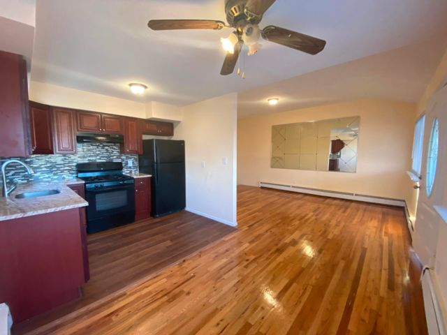 3 BR,  1.00 BTH  style home in Arverne