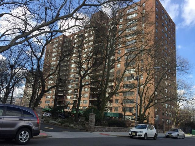 1 BR,  1.00 BTH  Condo style home in Bayonne