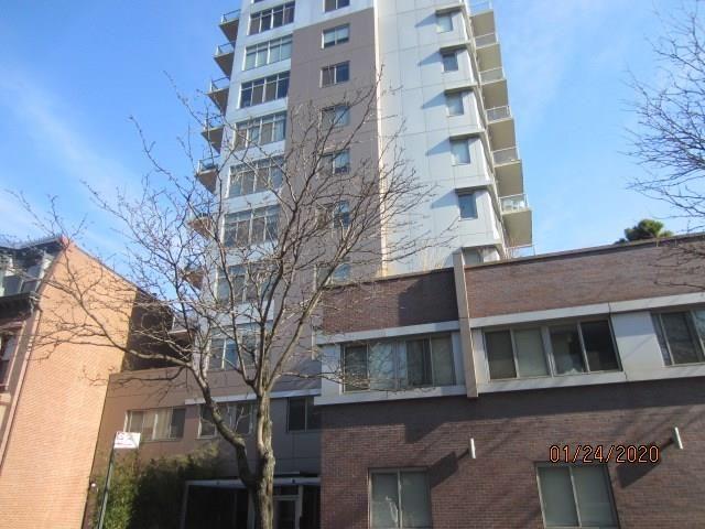 1 BR,  2.00 BTH Condominium style home in Fort Greene
