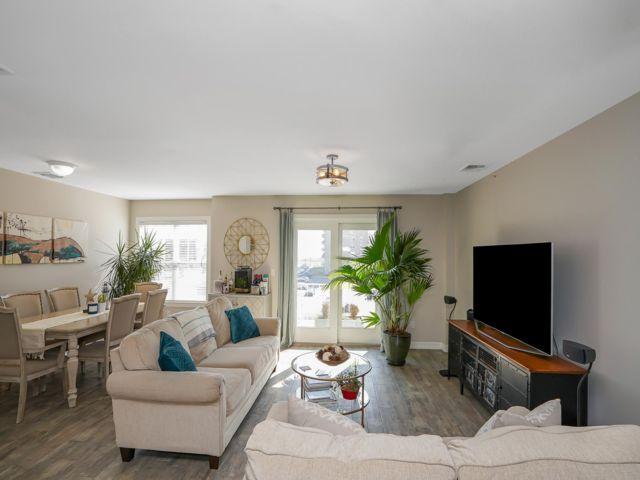 3 BR,  2.00 BTH Condo style home in Rockaway Park