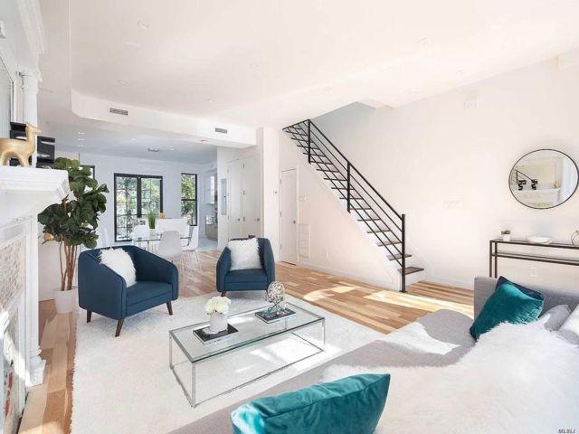 5 BR,  4.55 BTH Triplex style home in Bedford Stuyvesant
