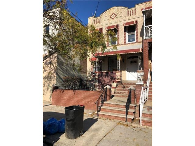 5 BR,  0.00 BTH  Multi-family style home in East New York