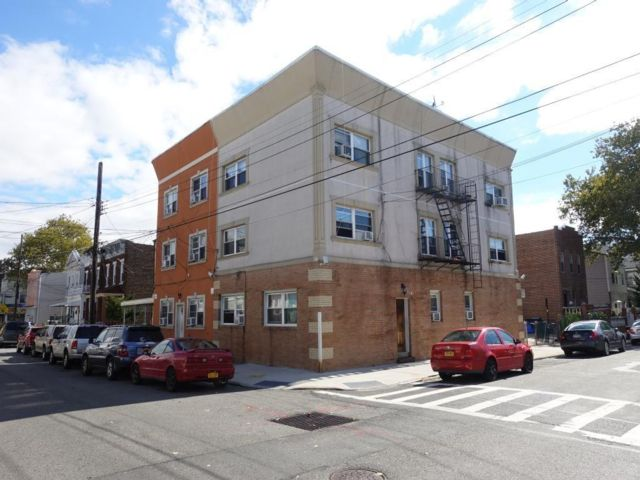 11 BR,  5.00 BTH Multi-family style home in Ozone Park