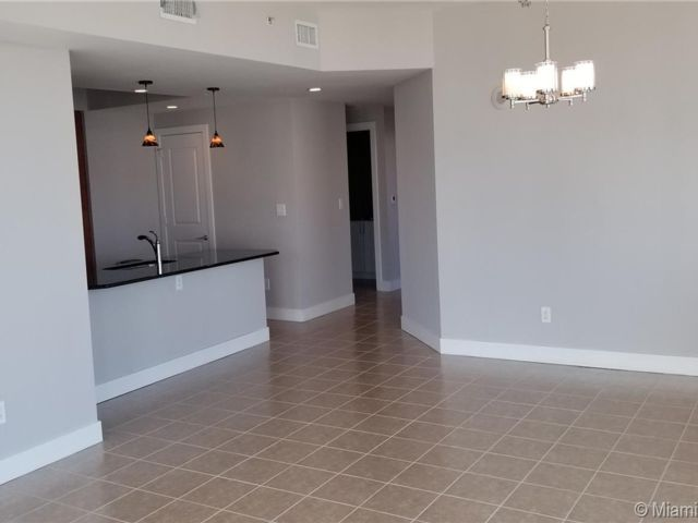 2 BR,  2.50 BTH Apartment style home in Fort Lauderdale