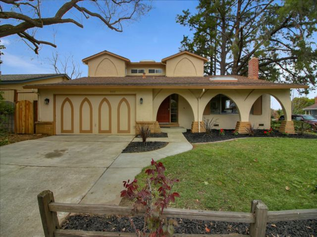 5 BR,  3.00 BTH  2 story style home in San Jose